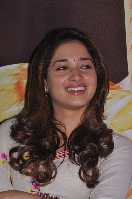 tamanna at yen endral kadhal enben movie press meet actress pics