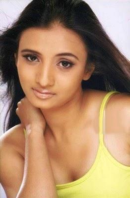 biodata Prinal Oberoi Pemeran Charumitra Ashoka
