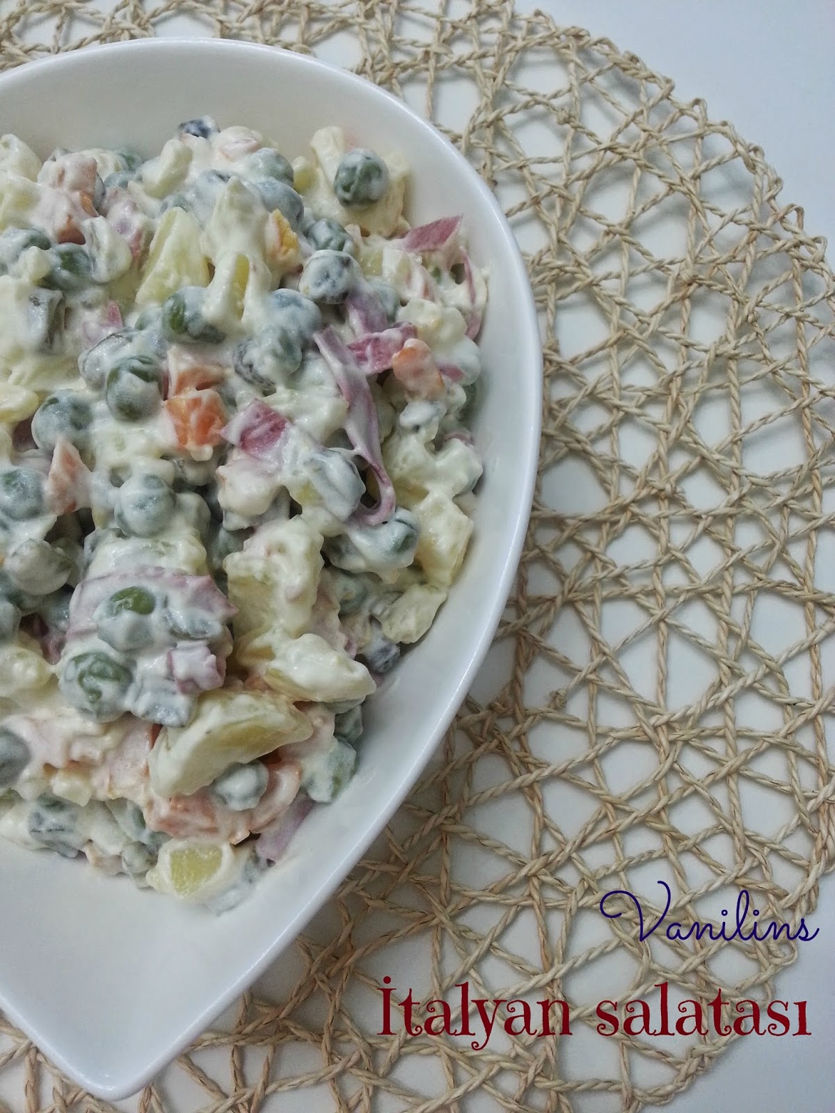 İtalyan Salatası Tarifi Videosu