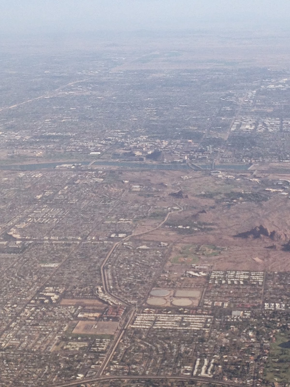 Phoenix from the air (photo credit: http://researchandramblings.blogspot.com/)