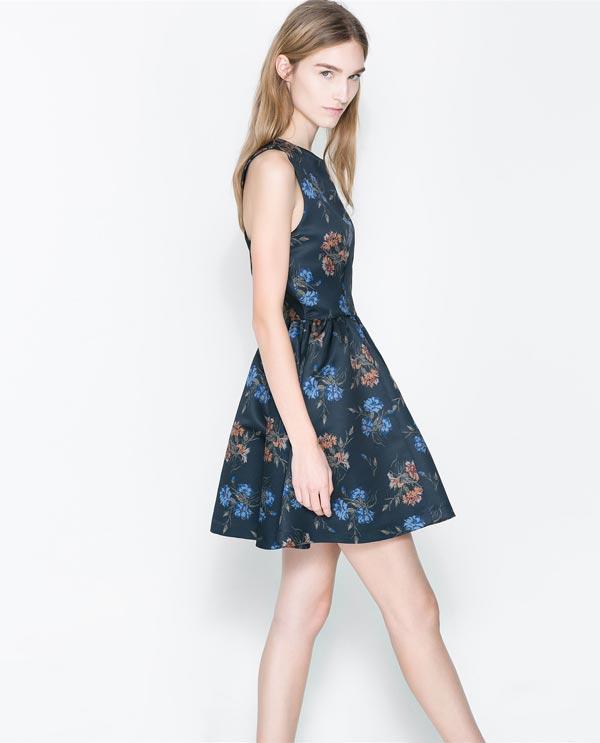 vestido azul flores zara