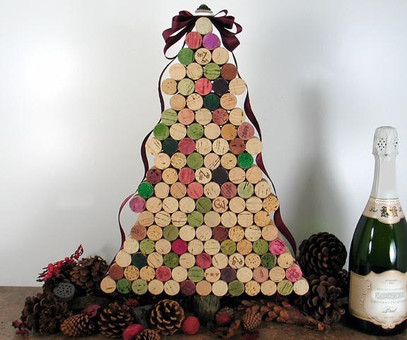 Árbol de navidad con corchos de vino