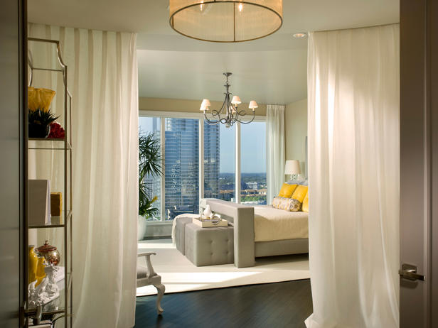 2013 bedroom window treatment ideas from hgtv modern for Bedroom window treatments