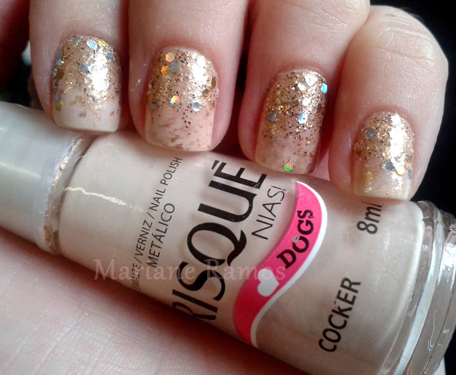 ombré nails dourado