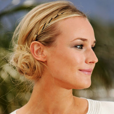 Diane Kruger con pelo recogido en photocall/ Diane Kruger photocall with her ​​hair-up
