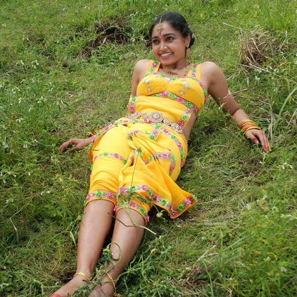 Actress Sija Rose Hot Navel Show Photos Malayalam Actress ...