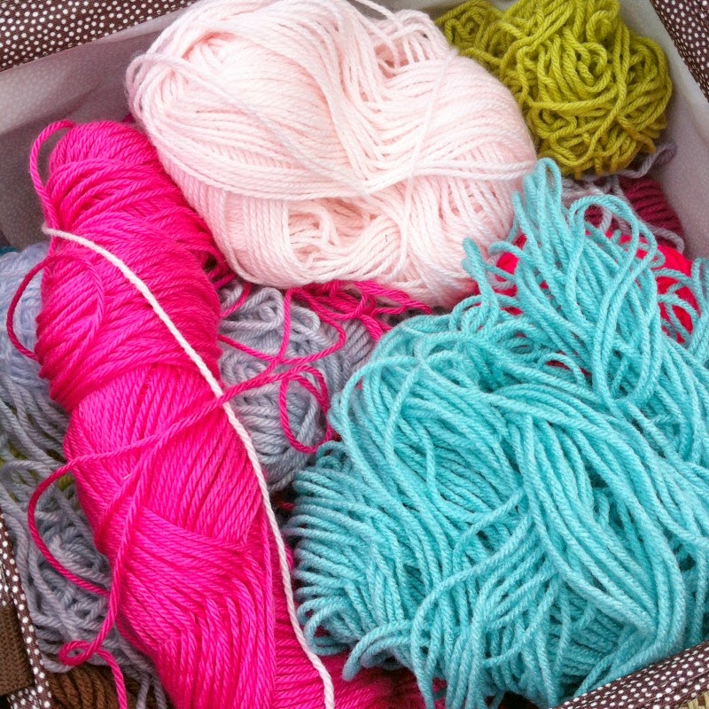 skeins of yarn, how to wind yarn, loose yarn