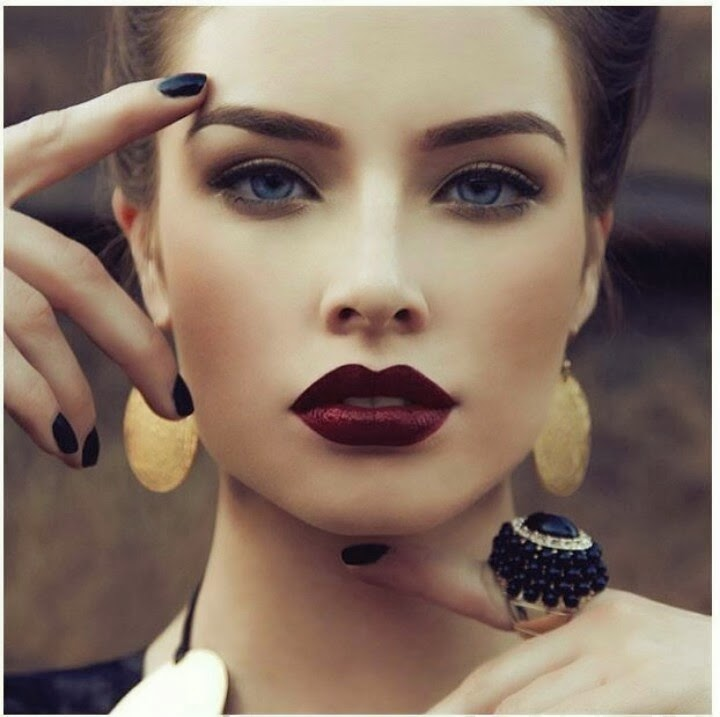 """Makeup Your Mind: Vampy Lips - MAC """"Sin"""" Lipstick and some other ..."""