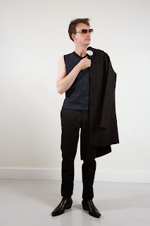Agnes-b, agnesB, style-moderne-epuree, elegance, art-de-vivre, 70s, menswear, collection, spring-summer, holidays, paris-fashion-week, fashion-week, semaine-mode, mode-a-paris, preppy, denim-jacket, damier-patchworks, monogram-bandana, footwear, seduction, fragments, du-dessin-aux-podiums