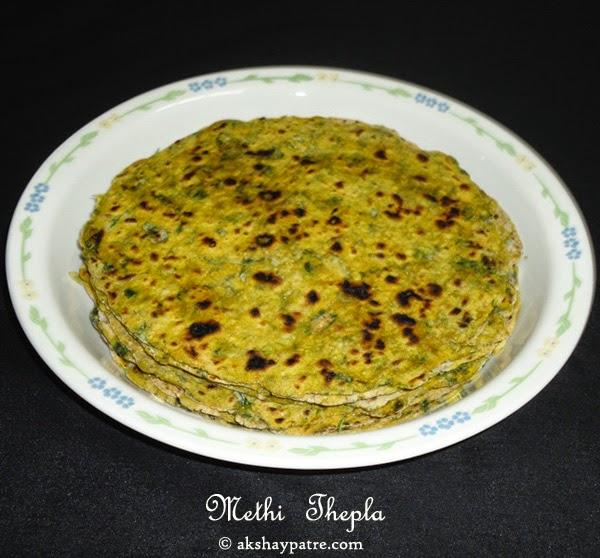 shallow fried methi thepla