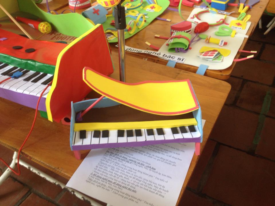 Đồ chơi sáng tạo của giáo viên mầm non