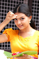 Cute, Saranya, Mohan, Latest, Pix