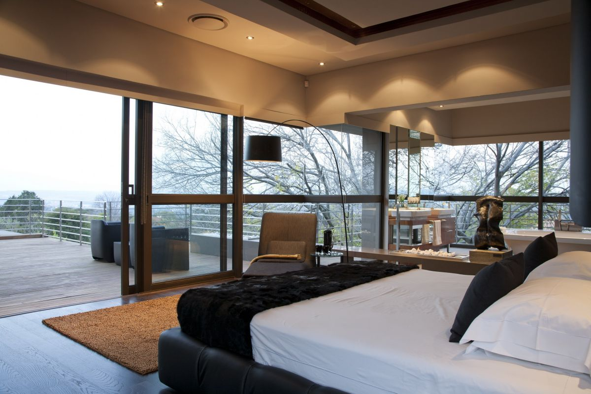 Millionaire luxury modern johannesburg residence designed for Minimalist luxury house
