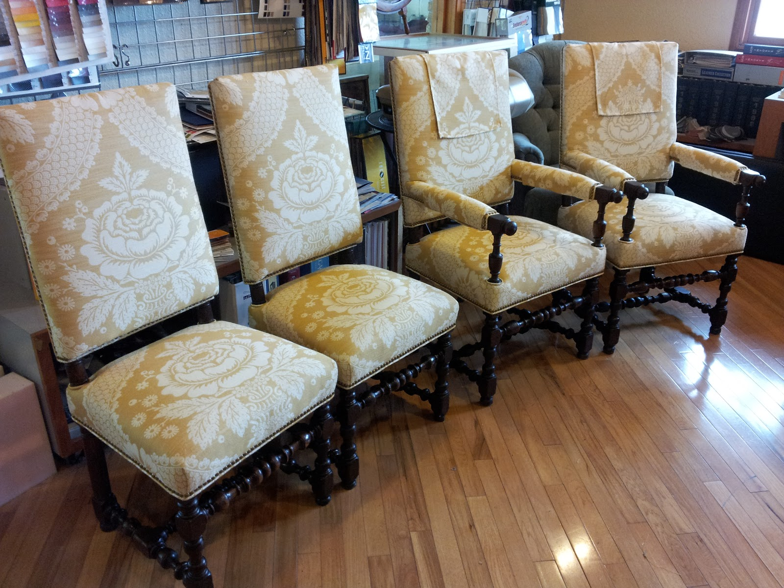 Church Chairs Wholesale Church Chairs For Sale. Boss Chairs Boss Chairs.  Extendable Round
