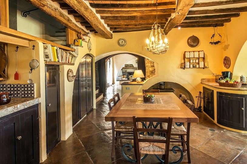 Estilo rustico casa rustica de piedra en chianti - Fotos de casas rusticas interiores ...
