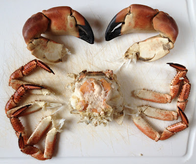 how to remove crab claws
