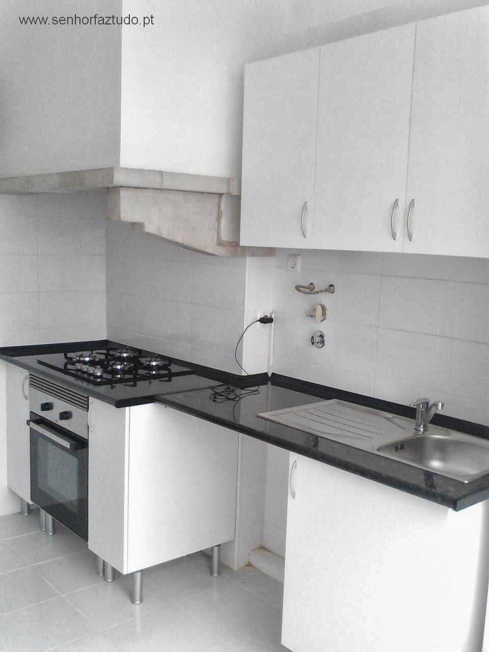 senhor faz tudo faz tudo pelo seu lar cozinhas leroy merlim. Black Bedroom Furniture Sets. Home Design Ideas