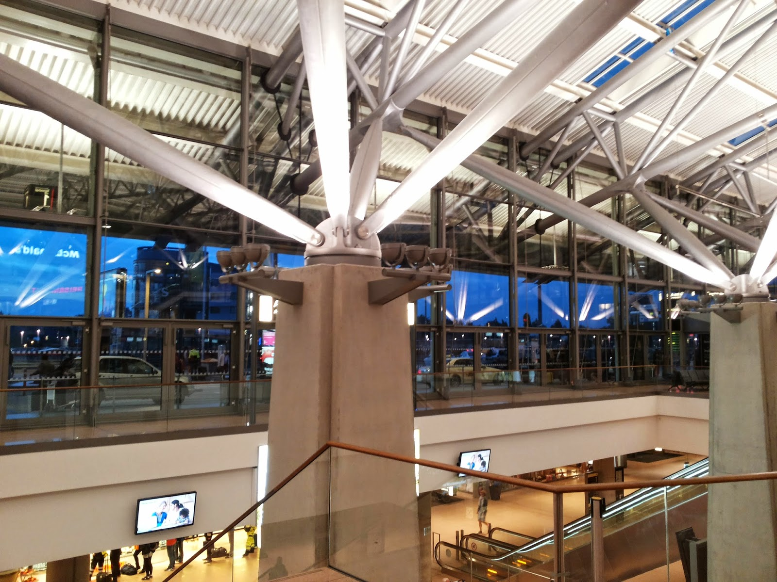 Hamburger Flughafen Roboter
