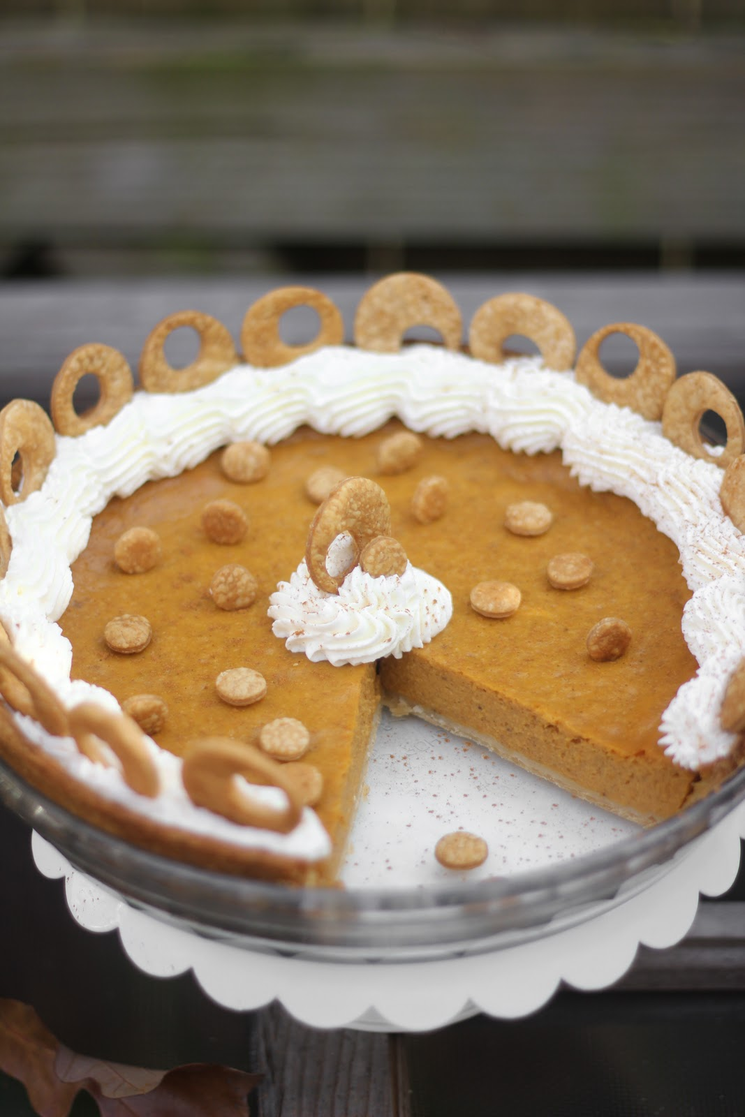 Classic and Not-So Classic Thanksgiving Day Desserts ...