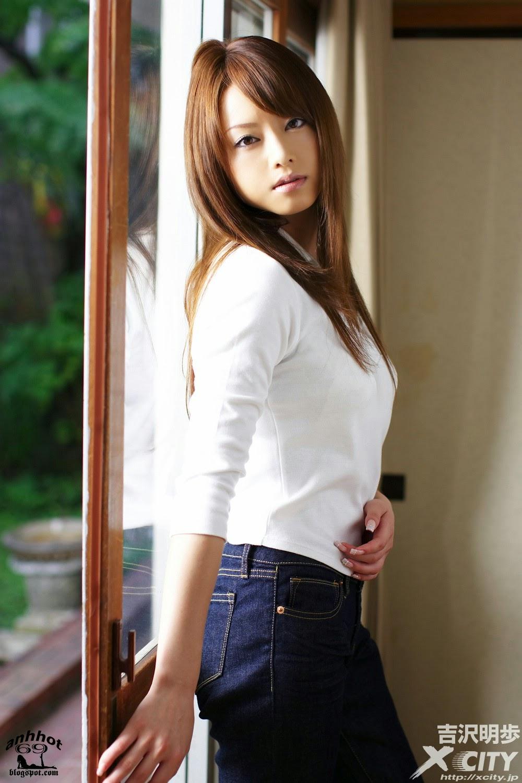 akiho-yoshizawa-00493841