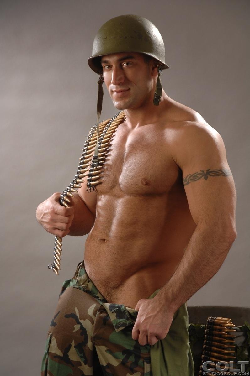 OnlyDudes - Men in uniform
