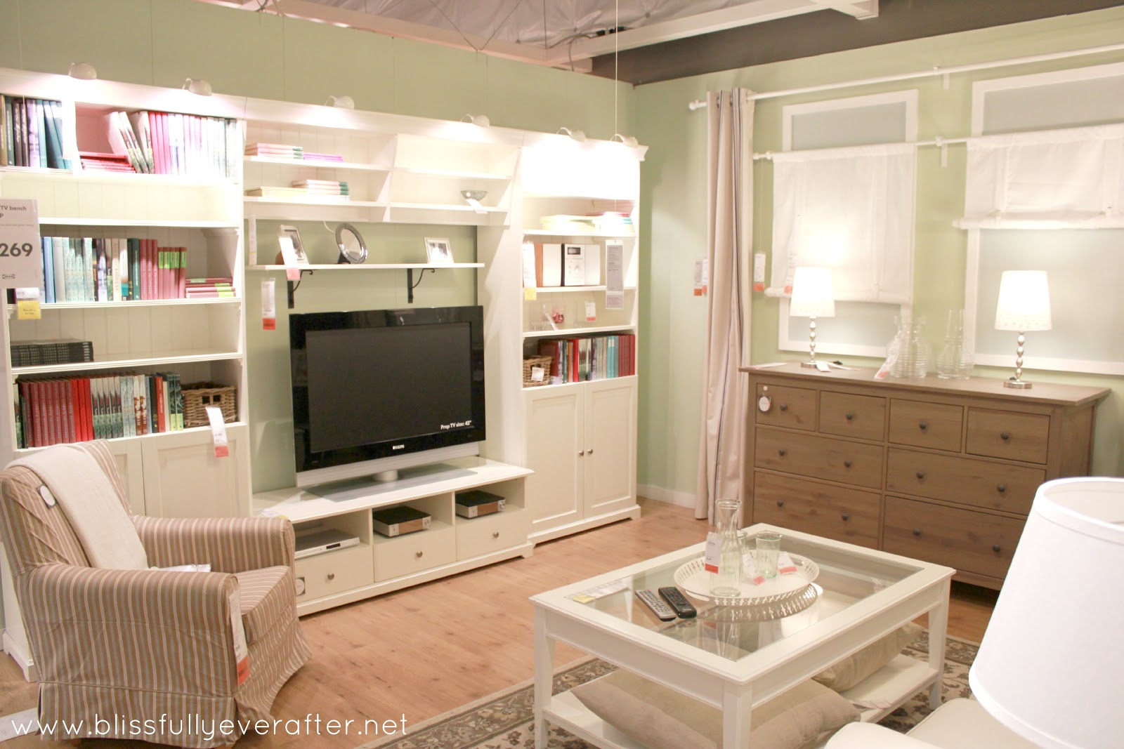 Ikea naver for Organize living room ideas
