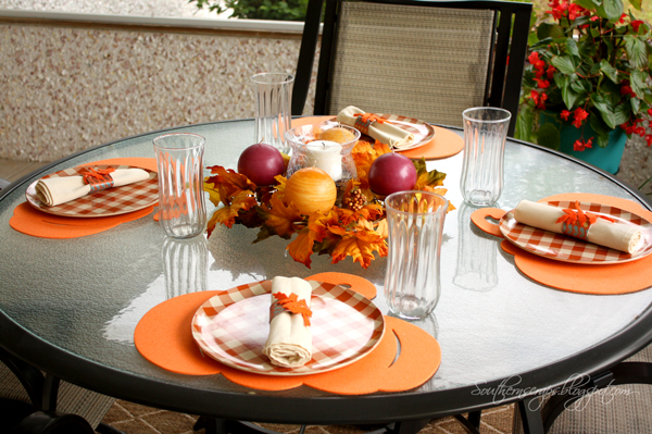 Casual fall thanksgiving tablescape