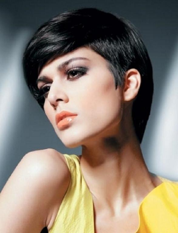 Фото моделей женских стрижек