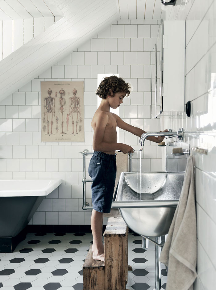 Baño-Malin-Persson