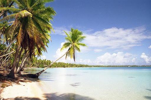 Südsee-Traumstrand auf der Insel Tuamotu