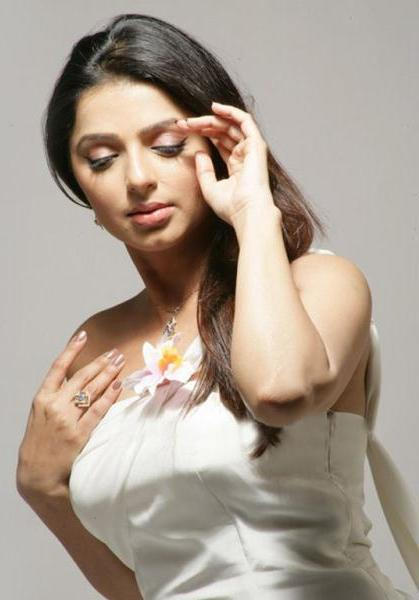 bhumika chawla unseen new photo gallery