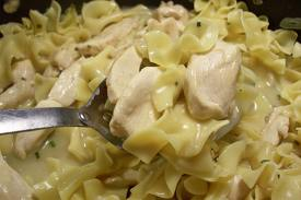 Chicken and Egg Noodles with Tarragon Wine Sauce Recipe | Healthy Chicken Egg Noodles Recipe