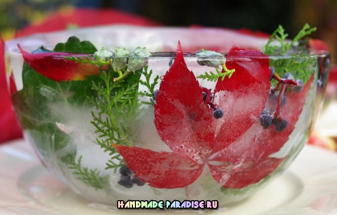Ледяная чаша для зимнего праздничного стола
