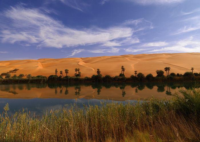 ubari or awbari oasis lake sand sea of fezzan libya great panorama picture