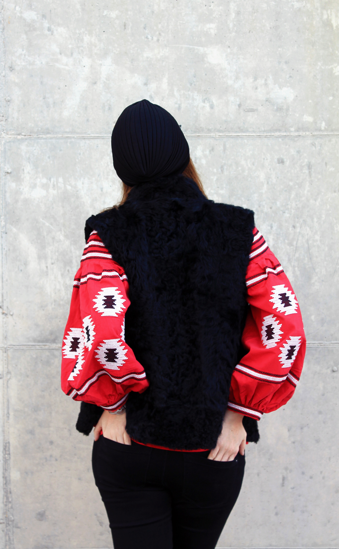 10-astrakan-gilet-vest-fashion-blogger-winter-look