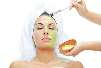 Cách làm mặt nạ nha đam Lô Hội đơn giản để dưỡng da hiệu quả