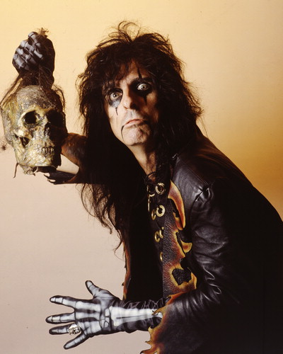 congratulations to alice cooper the 2011 king of halloween here are some facts about the pioneer of shock rock
