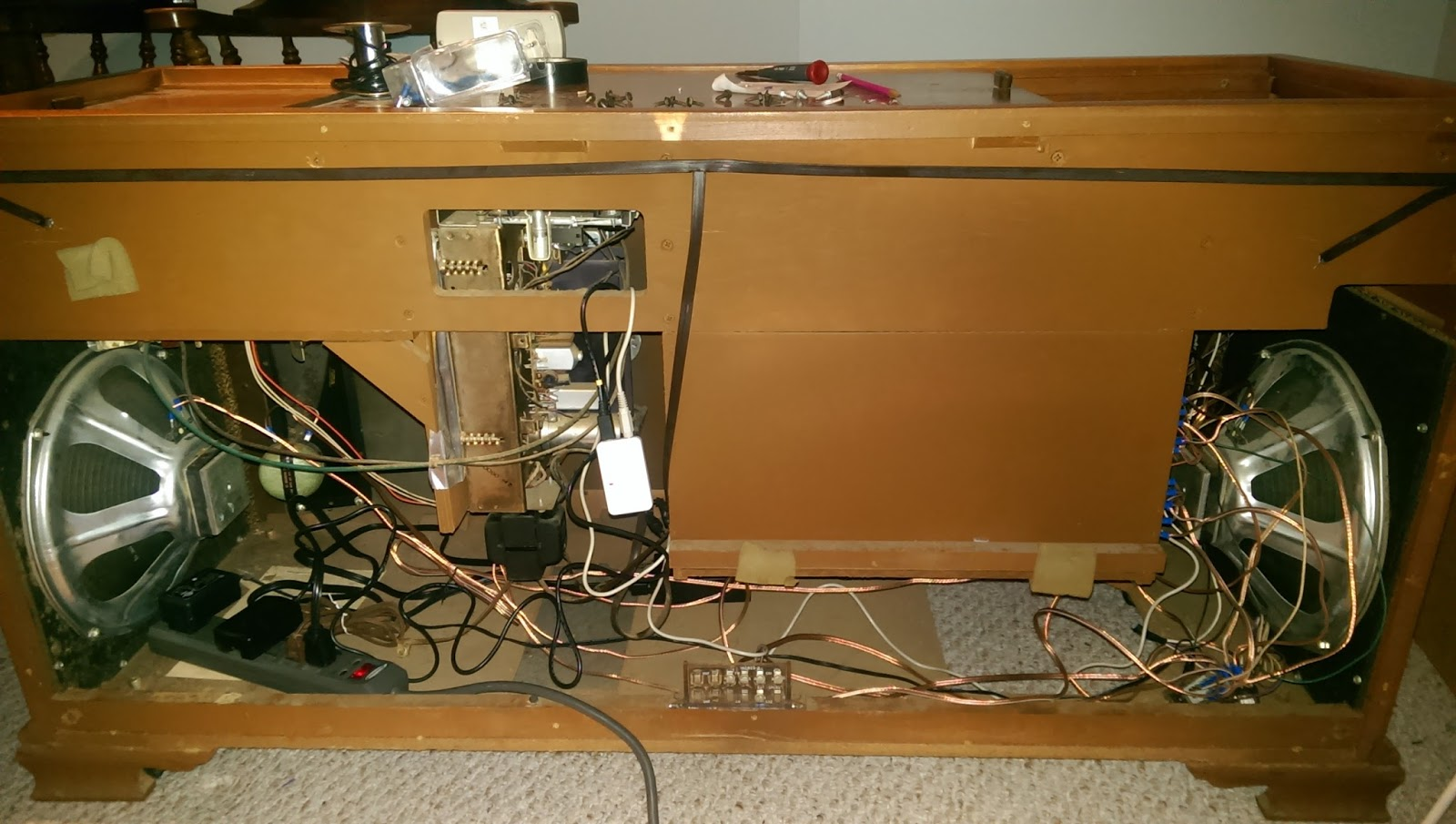 Wiring Home Stereo Cabinet House Diagram Symbols Just Built Something Bluetooth In A 60s Era Record Player Rh Builtsomething Blogspot Com Kenwood Entertainment
