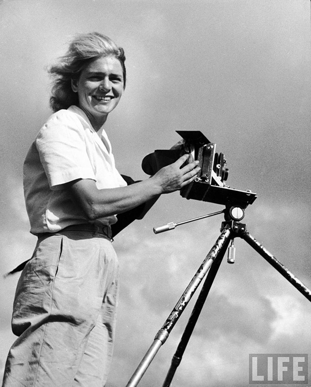 a biography of margaret bourke white an american photographer and documentary photographer She was the first woman accredited as a war photographer and the first woman  in the american south to the horror of nazi concentration camps  6 author's works 7 biographies and collections of margaret bourke-white photographs  luce as the first female photojournalist for life magazine in 1936.