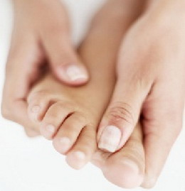 How to get rid of swelling in the feet and legs 07