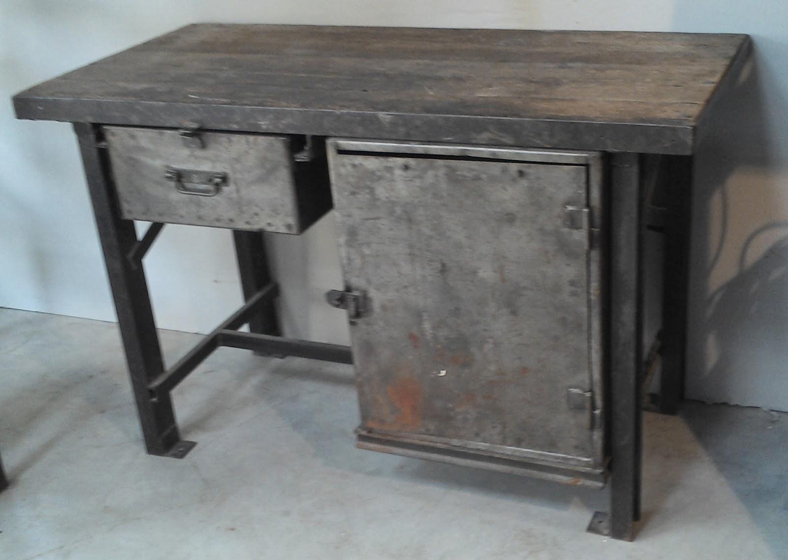 ancien meuble m tier m tal bross atelier industriel etabli. Black Bedroom Furniture Sets. Home Design Ideas
