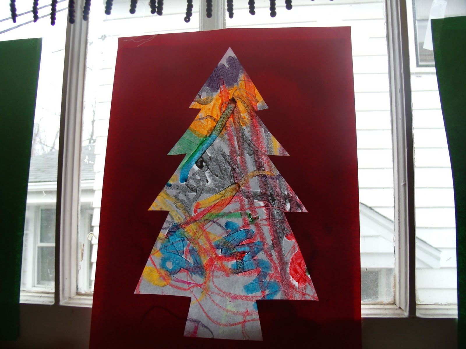 Making christmas ornaments with crayons - We Have A Few More Melted Crayon Drawings That I M Going To Try Making Into Ornaments Too I Ll Post What I Come Up With Shared On Playing With Words 365
