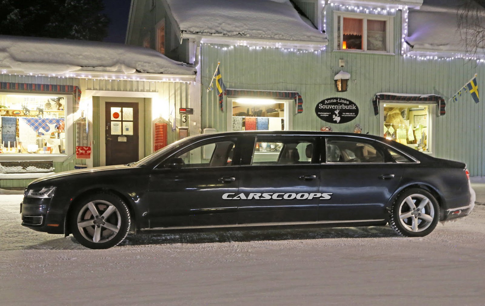 is audi targeting maybach with 6 door a8 stretch limo. Black Bedroom Furniture Sets. Home Design Ideas