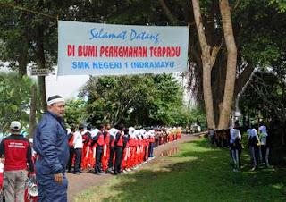 Kemah SMKN 1 Indramayu di Wadukdarma