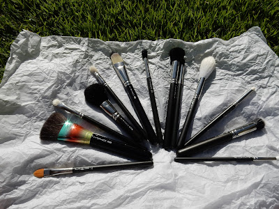 M.A.C brushes www.modenmakeup.com