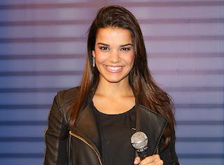 Fotos da Mari Antunes - Nova vocalista do Babado novo