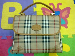 Burberry Haymarket Brown Check Top Bag(SOLD)