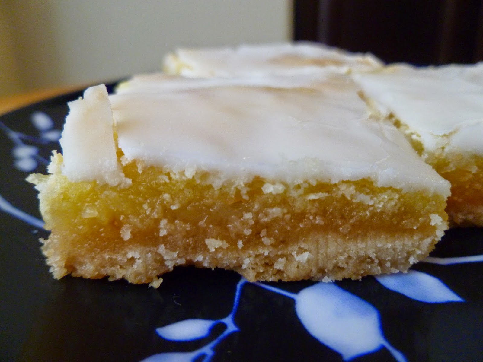 12 days of christmas cookies day 8 sunburst lemon bars