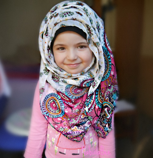 Tips Jitu Supaya Anak Wanita Gemar Menggunakan Hijab