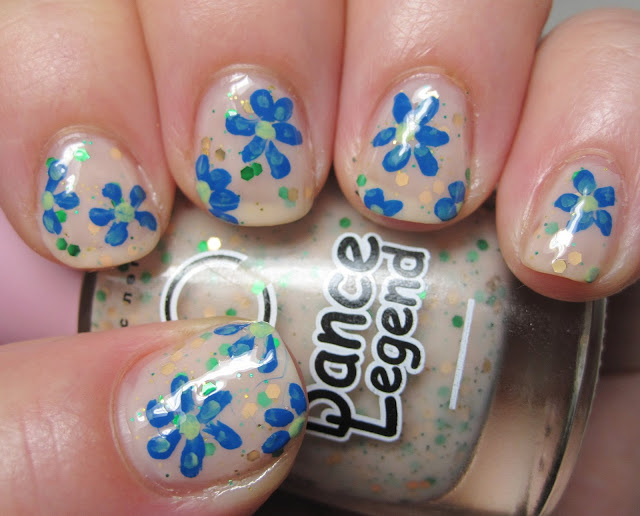 Floral mani with Dance Legend Creme Brulee glitter and Priti NYC